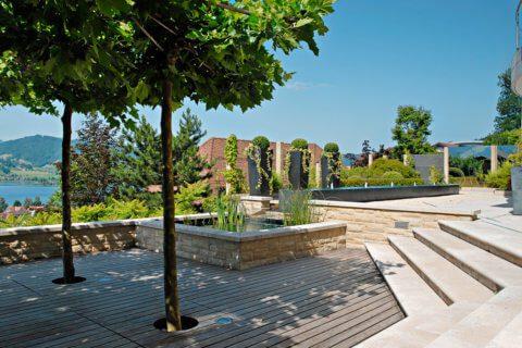 Garten-mit-Wasserbecken-5