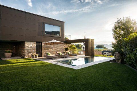 Moderne-Gartengestaltung-Zürich-Swimming-Pool-2