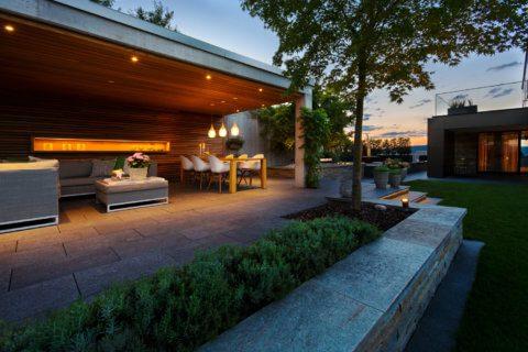 Moderne-Gartengestaltung-Zürich-Swimming-Pool-8-Gartenbeleuchtung
