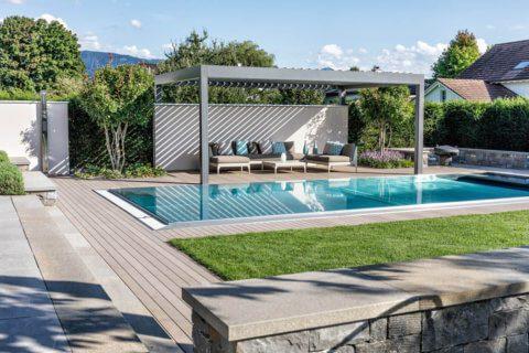 Wohnlicher-Garten-mit-Pool-9