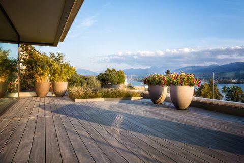 Elegante-Terrasse-Terrassengestaltung-modern-3