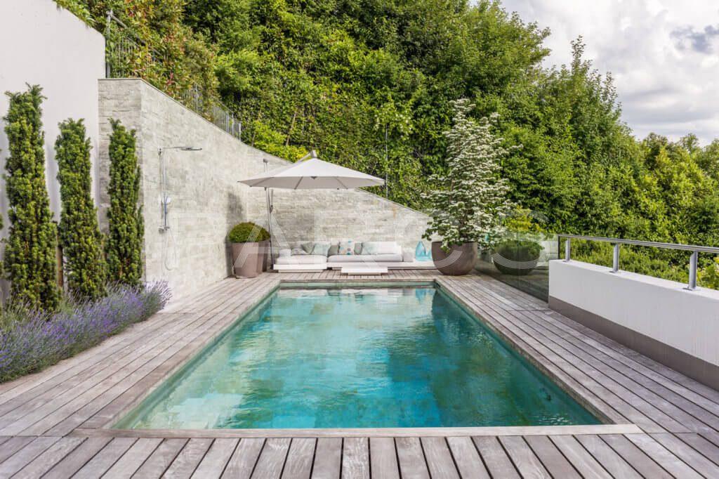 Terrasse-mit-Pool-7