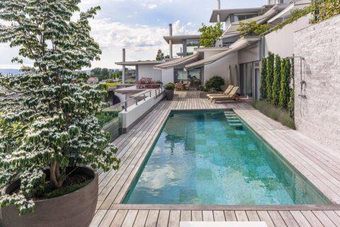 Terrasse-mit-Pool