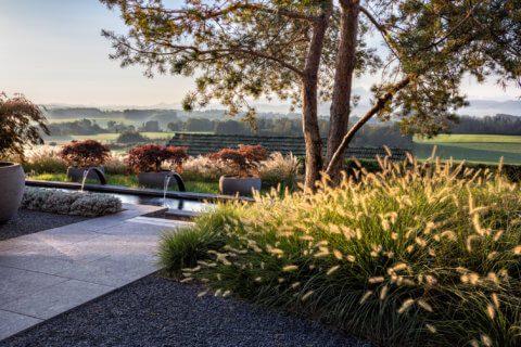 Mystische Gartengestaltung mit Wasser