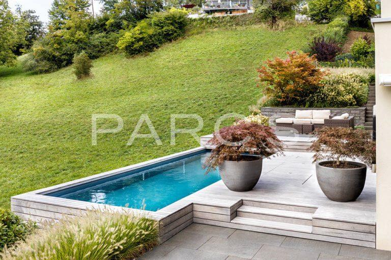 Familiengarten-mit-Pool-1