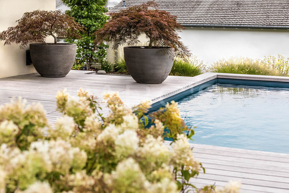 Familiengarten-mit-Pool-6