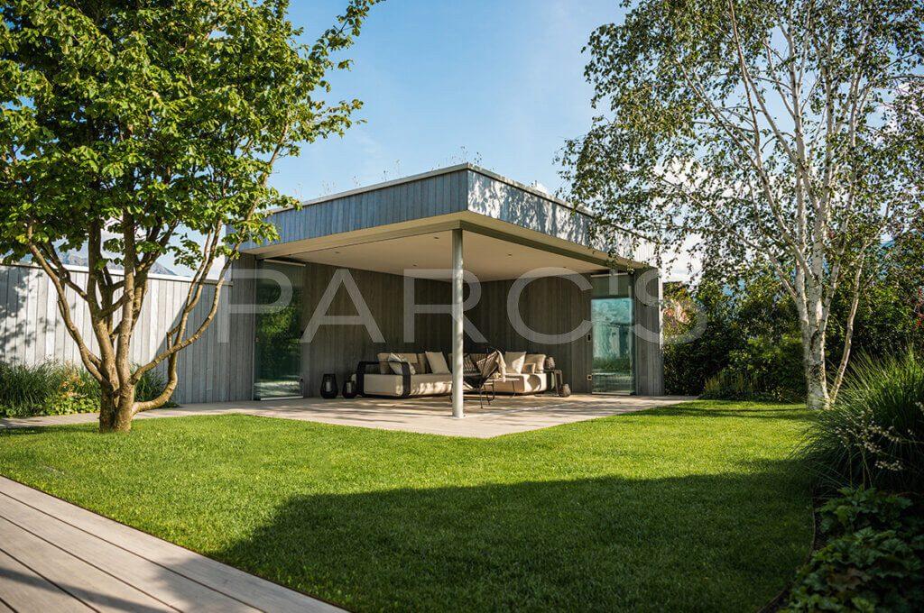 gartengestaltung-einfamilienhaus-mit-pavillon-1