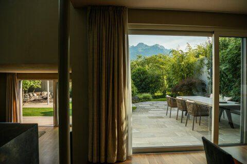 gartengestaltung-einfamilienhaus-mit-pavillon-10