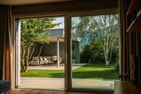 gartengestaltung-einfamilienhaus-mit-pavillon-9