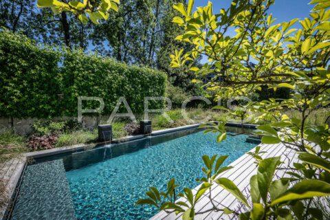 naturnaher-garten-mit-pool-ohne-chlor-parcs-gartengestaltung-8