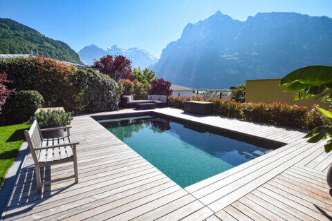 naturpool-living-pool-parcs-gartentrends-2021